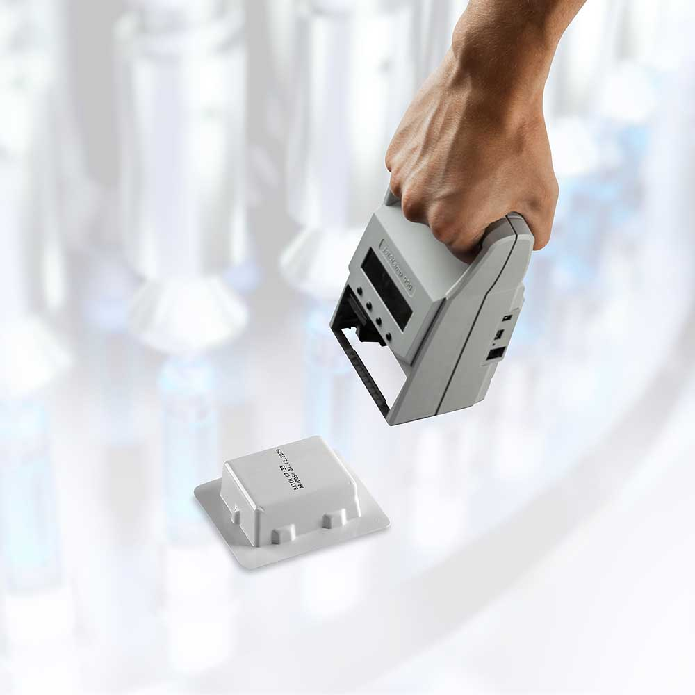 jetStamp 990 Plastic Stamping